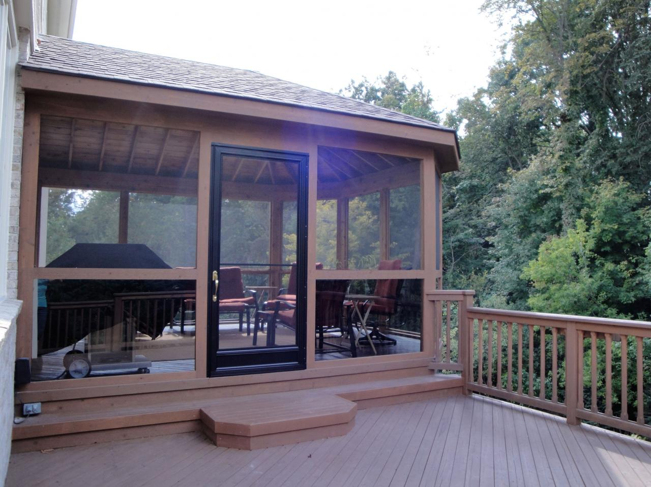 R t construction inc screened porch gallery for Gallery porch